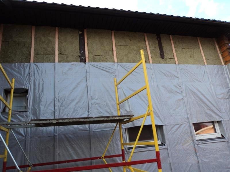 Отделка дома из профилированного бруса и утепление стен