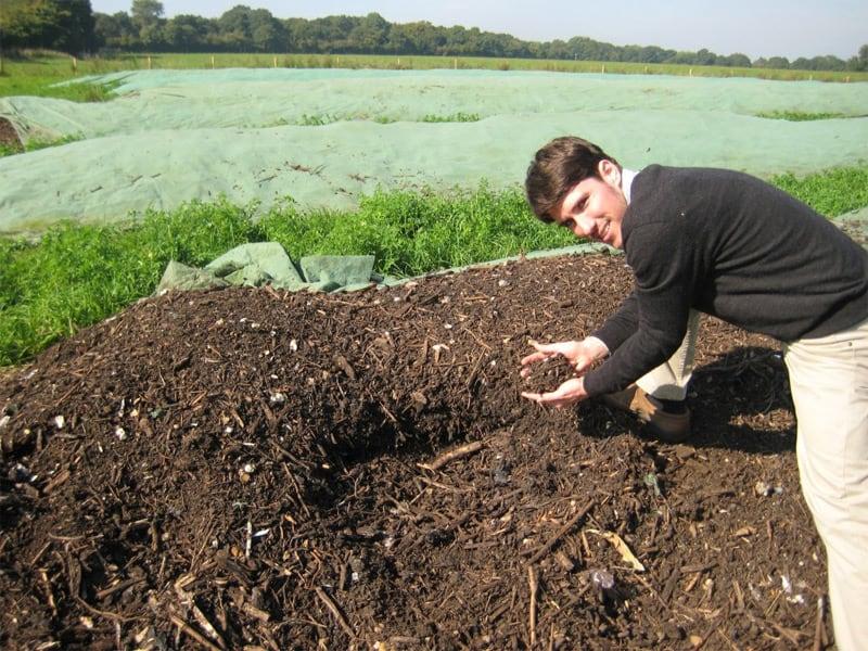 Садовый компост методом холодного производства
