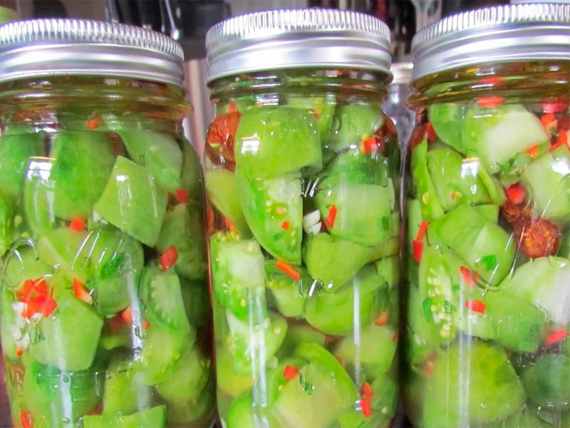 Зеленые помидоры на зиму